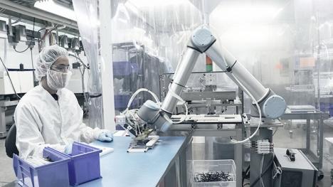 Cererea de muncitori şi roboţi este din ce în ce mai mare. Ce se întâmplă în Bihor cu locurile de muncă (FOTO)