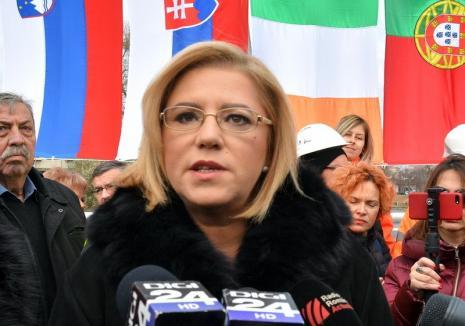 Comisarul Corina Creţu despre un posibil 'Roexit': 'Ar fi o catastrofă naţională!'
