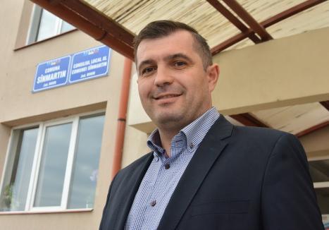 Bihorel: Noul primar al Sânmartinului, Cristian Laza, dărâmă coșmeliile liberalilor