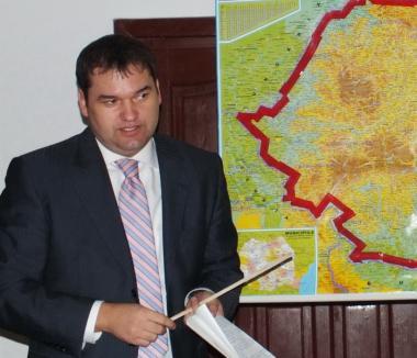 """UDMR nu se vrea """"anexă"""" a coaliţiei: Cseke Attila caută greşeli în programul de guvernare"""