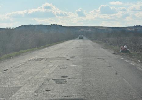 Noi promisiuni ale CNAIR pentru DN 76: Finalizarea lucrărilor pe tronsonul Ștei - Beiuș va avea loc luna viitoare!