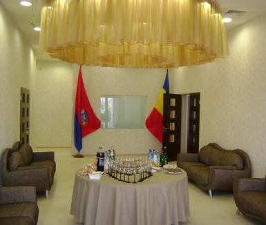 """Un nou """"butic"""" cu trecere la Lotus Center: Casa Căsătoriilor (FOTO)"""