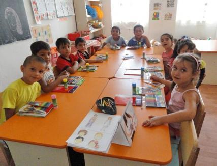 O sută de copii merg la grădiniţa de vară, ca să se pregătească pentru şcoală