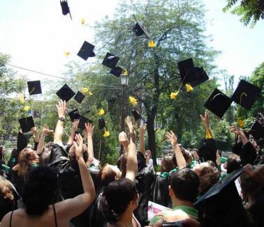 Studenţii orădeni, chemaţi să-şi ceară drepturile şi obligaţiile