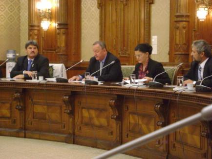 Pentru autostradă, Cornel Popa a strâns la aceeaşi masă ministrul Transporturilor şi parlamentarii ardeleni