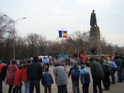 De ziua lor, cercetaşii şi-au instalat tabăra generală în Parcul 1 Decembrie (FOTO)