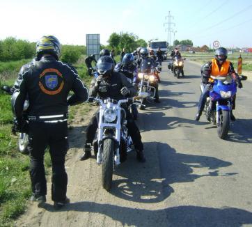 """EXCLUSIV: """"Tura"""" motocicliştilor a început cu un accident (FOTO / VIDEO)"""