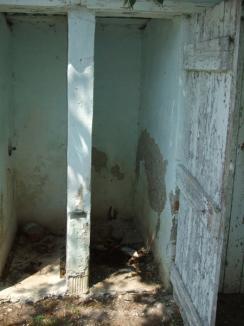 Ştrandul mormânt: Primăria te invită să mori! (FOTO)