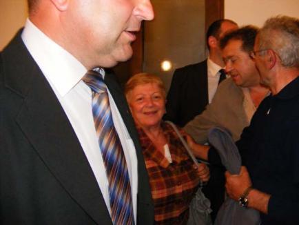Între Blaga şi Boc, toţi PD-iştii vor cu... Udrea (FOTO)