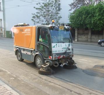 Noi străzi cuprinse în programul de salubrizare