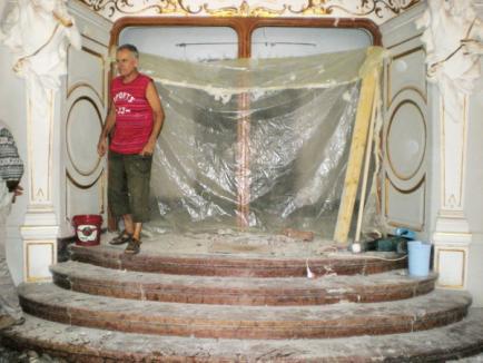 S-a descoperit piatra de temelie a Teatrului de Stat (FOTO)