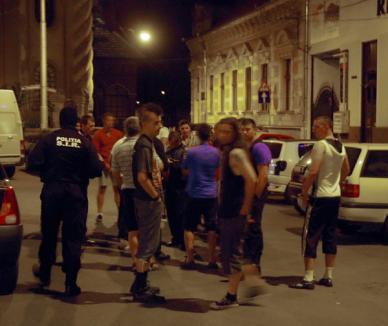 Mascaţii au intervenit după o bătaie în buricul oraşului între rockerii de la Abyss şi un grup de studenţi (FOTO)