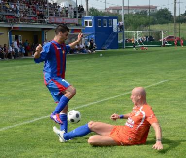 Luceafărul a remizat cu FCM Târgu Mureş, în primul joc pe noul teren (FOTO)