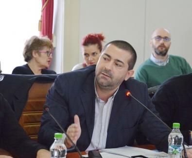Se lasă rău! Ajuns în Consiliul de Administraţie al CAS Bihor, Dacian Foncea a renunţat la salariul directorial de la Spitalul Municipal