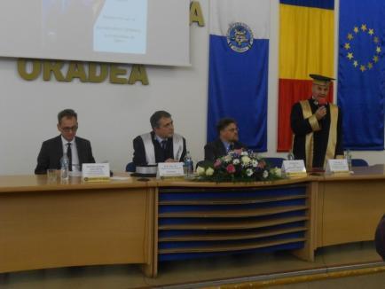 Un nou titlu de Doctor Honoris Causa, acordat de Universitatea Oradea unui filolog din Italia (FOTO)