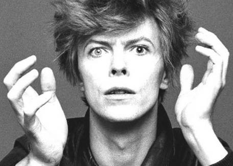 A murit David Bowie