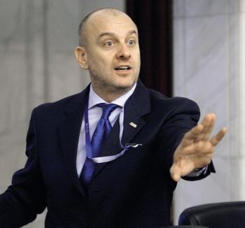 Dumitru Costin a demisionat de la conducerea BNS