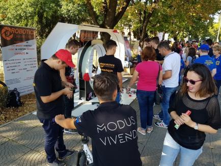 EduFest: 'Revelionul' voluntarilor! Sute de tineri s-au întâlnit cu cele mai 'tari' companii şi ONG-uri orădene (FOTO/VIDEO)