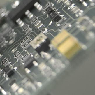 """""""Tun' de 120.000 de lei cu echipamente electronice"""