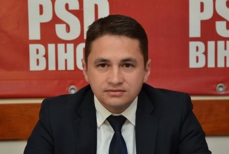 Emilian Pavel recunoaşte că bagă bani în prietenii din PSD: 'Cu cine era să lucrez, cu Birta şi Mălan?'