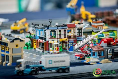 Acțiune la ERA Park! Copiii, așteptați la ateliere de teatru și LEGO, iar adulții - la târg de antichități