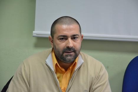 """""""Revoluția"""" Foncea: Managerul vrea să desfiinţeze posturile de asistente şefe de secţii de la Spitalul Municipal, pe motiv că... nu le prevede legea"""