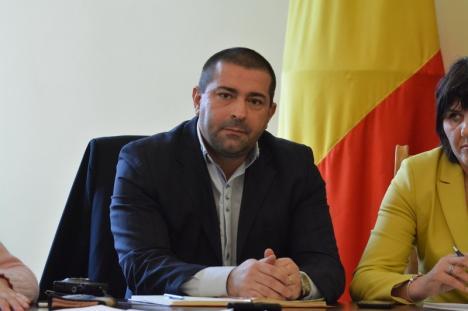 Dacian Foncea, manager cu acte în regulă la Spitalul Municipal, dar autosuspendat: Nu vrea să plece, încă, din Consiliul Judeţean!