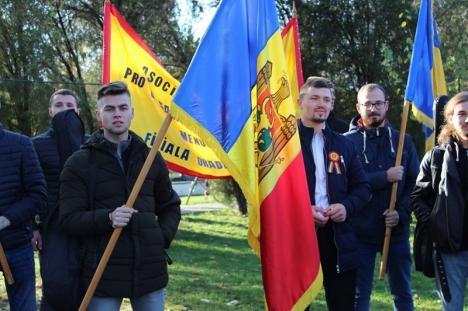 Studenţii și elevii basarabeni din Oradea au sărbătorit și ei Ziua Națională în Parcul 1 Decembrie (FOTO / VIDEO)