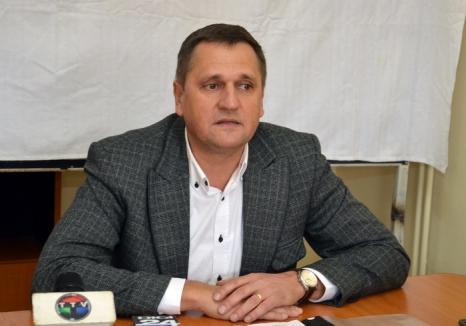 Viceprimarul Huszar Istvan deschide în UDMR competiţia pentru Primăria Oradiei: şi-a anunţat intenţia de a candida
