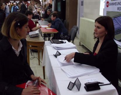 Peste 200 de locuri de muncă pentru şomerii bihoreni