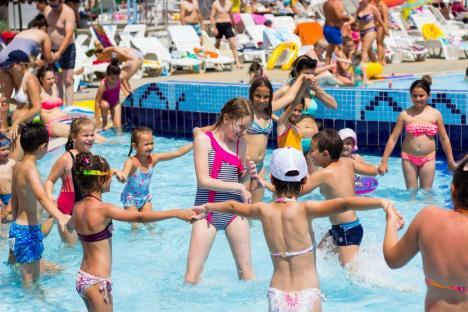 Mai mult decât o stațiune balneară! Staţiunea Băile Felix atrage tot mai mulți tineri după ce s-a reinventat (FOTO)