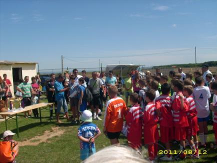 Copii de la FC Paleu au câştigat cea de-a treia ediţie a Cupei Acular