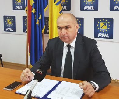 """Bolojan despre Bodog, care a răspândit falsul privind """"casca lui Iohannis"""": S-a """"descalificat"""", dar în continuare va da mâna cu el, pentru că este civilizat"""