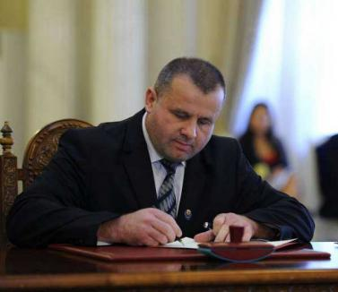 ANI cere ca Botiş să fie cercetat de procurorii anticorupţie pentru conflict de interese