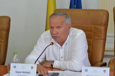 """Mang, după ce PNL-istul Gal s-a plâns că n-a primit fundamentarea bugetului: Şi la Primăria Oradea e la fel, liberalul face doar """"gargară politică"""""""