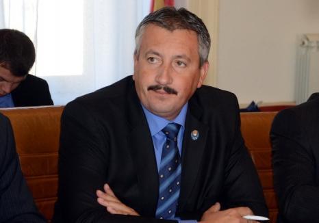 Incompatibil: Ioan Sorin Roman a pierdut procesul cu ANI şi nu mai are dreptul să ocupe, timp de 3 ani, funcţii ori demnităţi publice