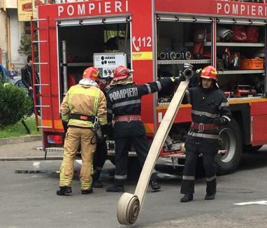 Incendiu la o sală de jocuri de noroc din Oradea. A fost pornit intenționat