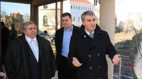 Final de etapă sau de proces? Curtea de Apel Oradea a amânat sentinţa definitivă în cazul DNA vs Alexandru Kiss & Beniamin Rus