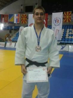 Trei clasări pe podium pentru judoka orădeni la Balcaniada U21 din Turcia