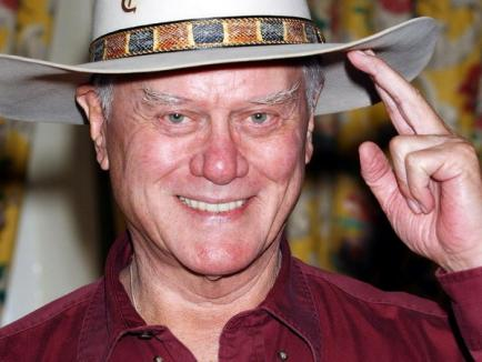"JR din ""Dallas"", actorul Larry Hagman, a murit (VIDEO)"