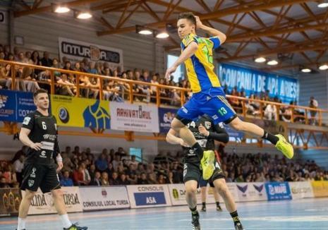 Echipa de handbal CSM Oradea are un jucător nou: Alexandru Laszlo, de la Potaissa Turda