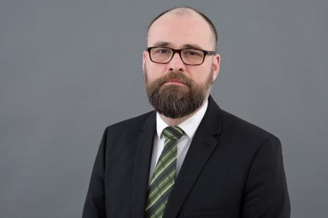 Replici dure ale orădeanului Laurenţiu Ţenţ, demis de la şefia Casei Naţionale de Pensii la cererea ministrului Muncii: 'Avea dorinţe fanteziste'