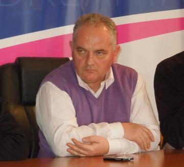 PDL-iştii bihoreni îşi înlocuiesc şefii de organizaţii locale cu rezultate proaste