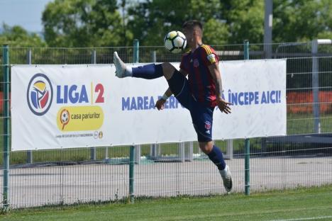 Luceafărul Oradea a câştigat cu 2-1 jocul cu ASU Poli Timişoara