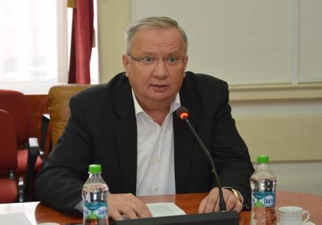 Scandal la Consiliul Judeţean: Mang a strigat la Popa că a împărţit banii din TVA doar la primarii PNL şi UDMR