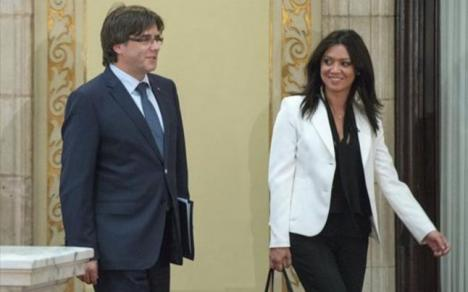 """O româncă, nevasta liderului separatist al Cataloniei, poate ajunge """"primă doamnă"""" dacă provincia spaniolă devine independentă"""