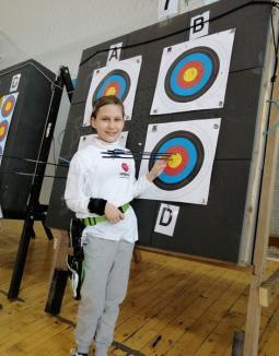 Orădeanca Ștefania Ivan, vicecampioană națională la tir cu arcul (FOTO)