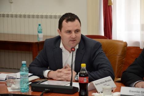 Deputatul slovac din Bihor, Adrian Merka, cere din nou repararea drumurilor distruse de transportatorii Bechtel
