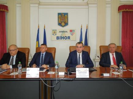 Oficial din Capitală venit la bilanţul Prefecturii Bihor, după 'contactul' cu DN 76: M-aş bucura ca data viitoare să fie finalizat