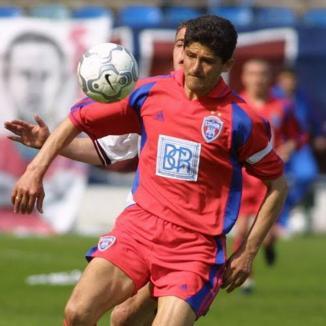 O parte din Generaţia de Aur a Naţionalei de fotbal vine în Bihor pentru inaugurarea unui teren de fotbal